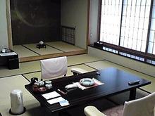 のぶちんのツボ-岡本ホテル室内